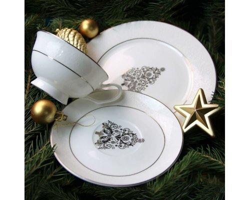 Подарочный набор посуды Новый год тарелка 21 см и чайная пара белое золото