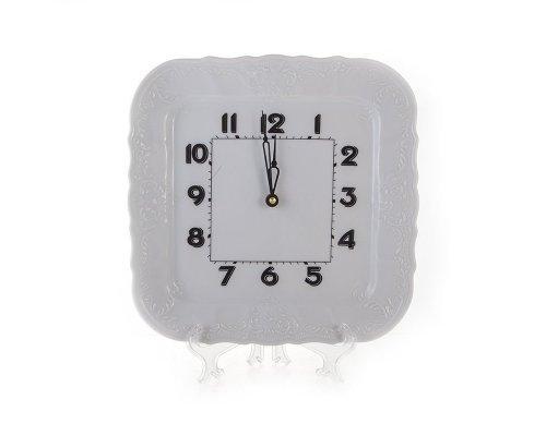 Часы настенные квадратные 26см. Бернадотт 0000 Недекорированный