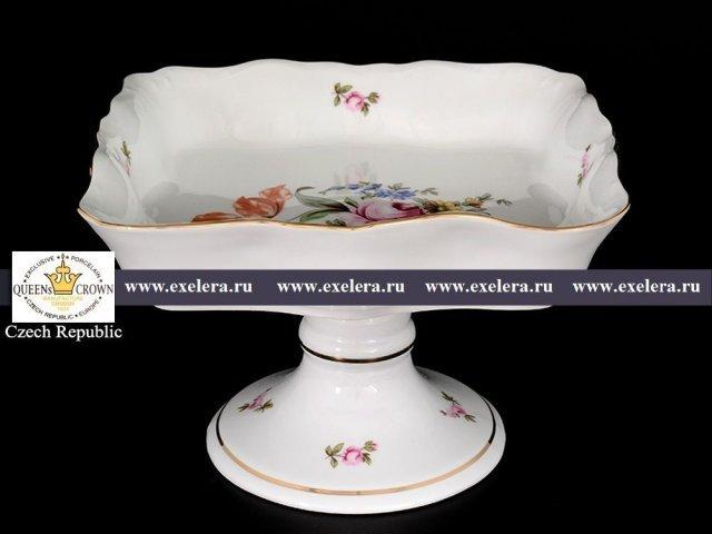 Блюдо фигурное квадратное 26 см на ножке Полевой цветок Корона Queens Crown